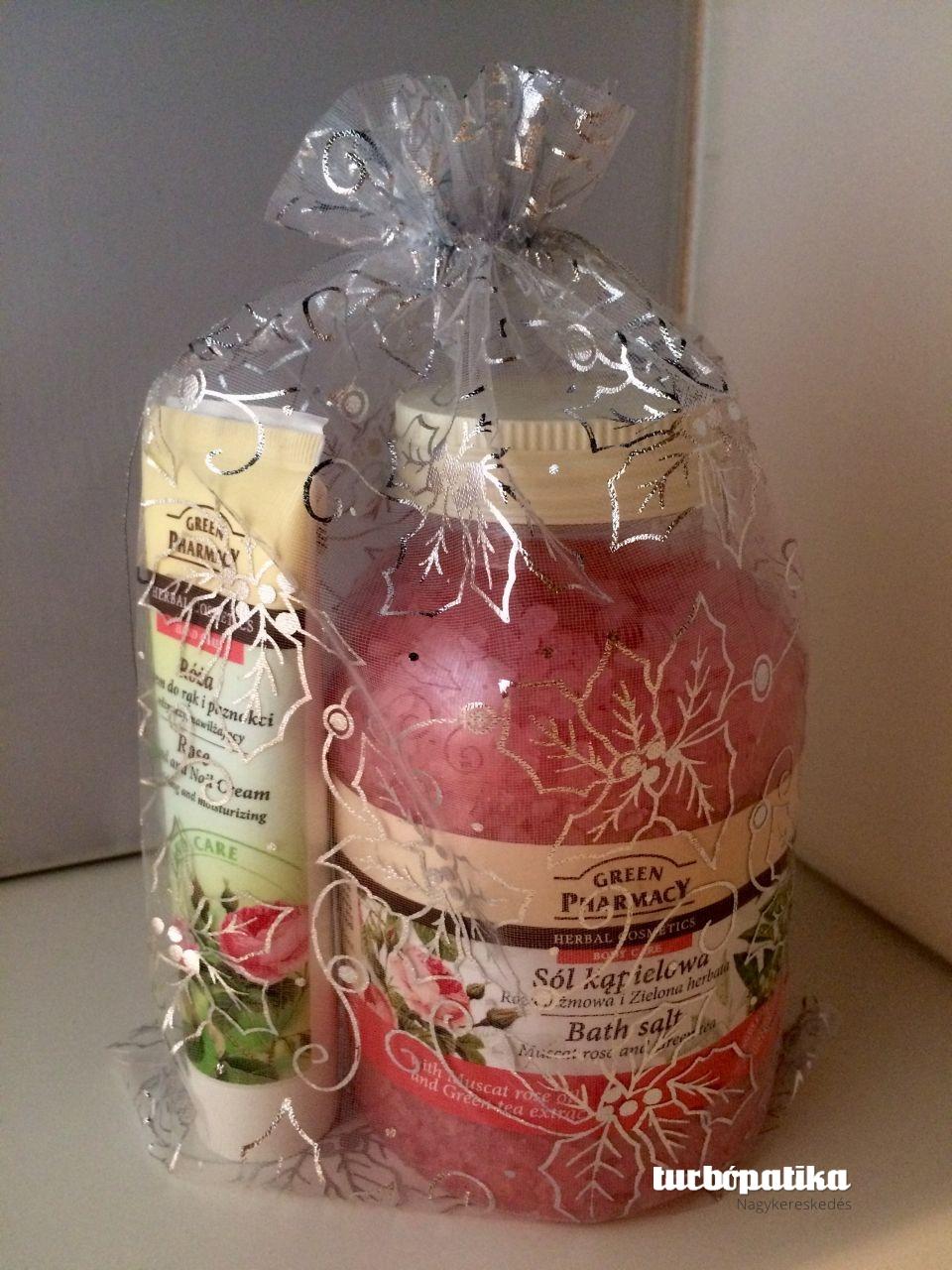 Green Pahrmacy Gyógynövényes fürdősó rózsa kivonattal 1300g + Green Pharmacy Kéz- és körömápoló krém rózsa kivonattal 100ml