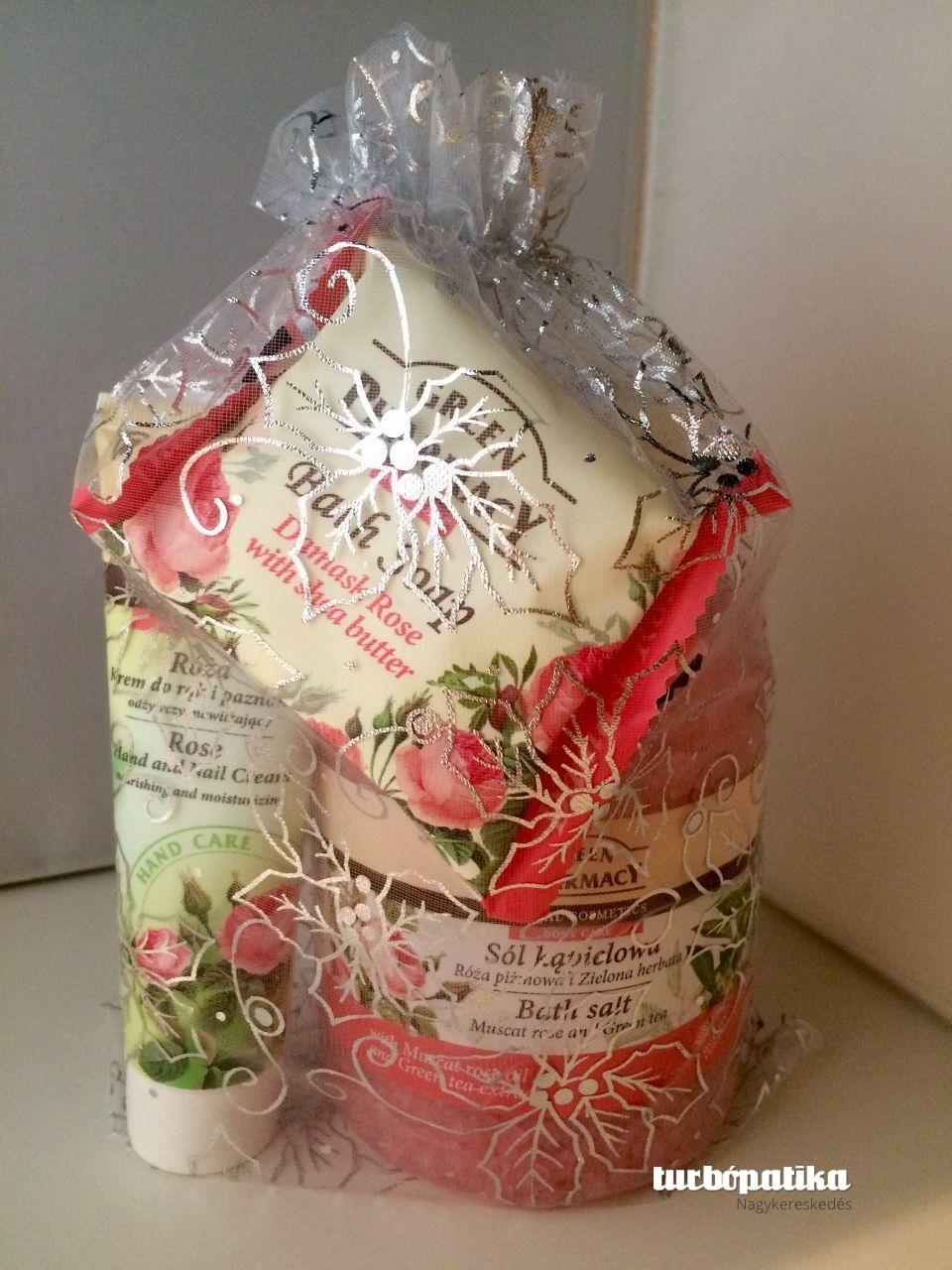 Green Pahrmacy Gyógynövényes fürdősó rózsa kivonattal 1300g + Green Pharmacy Kéz- és körömápoló krém rózsa kivonattal 100ml + Green Pharmacy szappan damaszkusi rózsa és shea vaj 100g